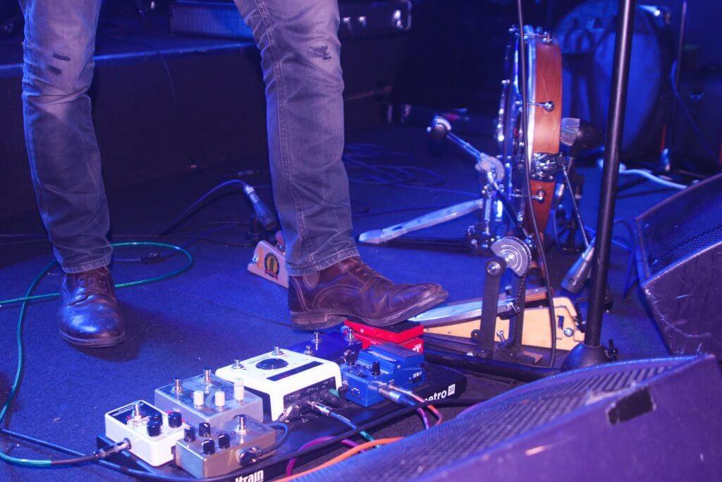 Oliver Richard - pedalboard, foot drums, live Krakatoa, Aberdeen, 2019