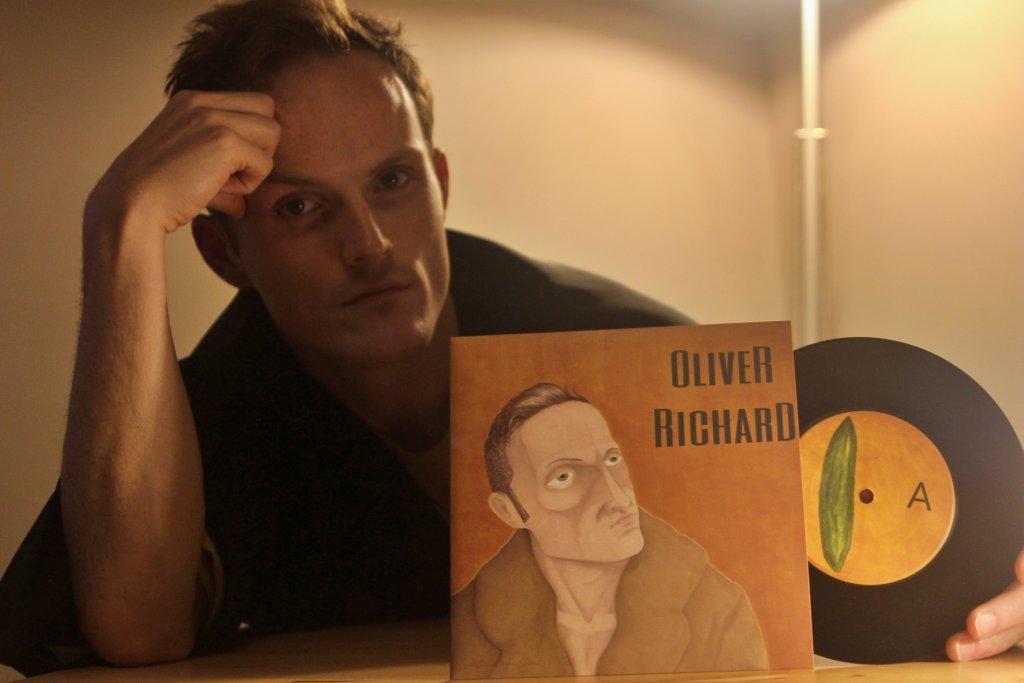 "Oliver Richard They Don't Deserve Me 7"" Single"